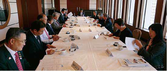 平成29年度事業計画案を審議する税制税務委員会